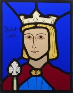 Vitrailliste auprès du sourire de Notre-Dame dans Coup de pouce... st_Louis-vitrail-236x300